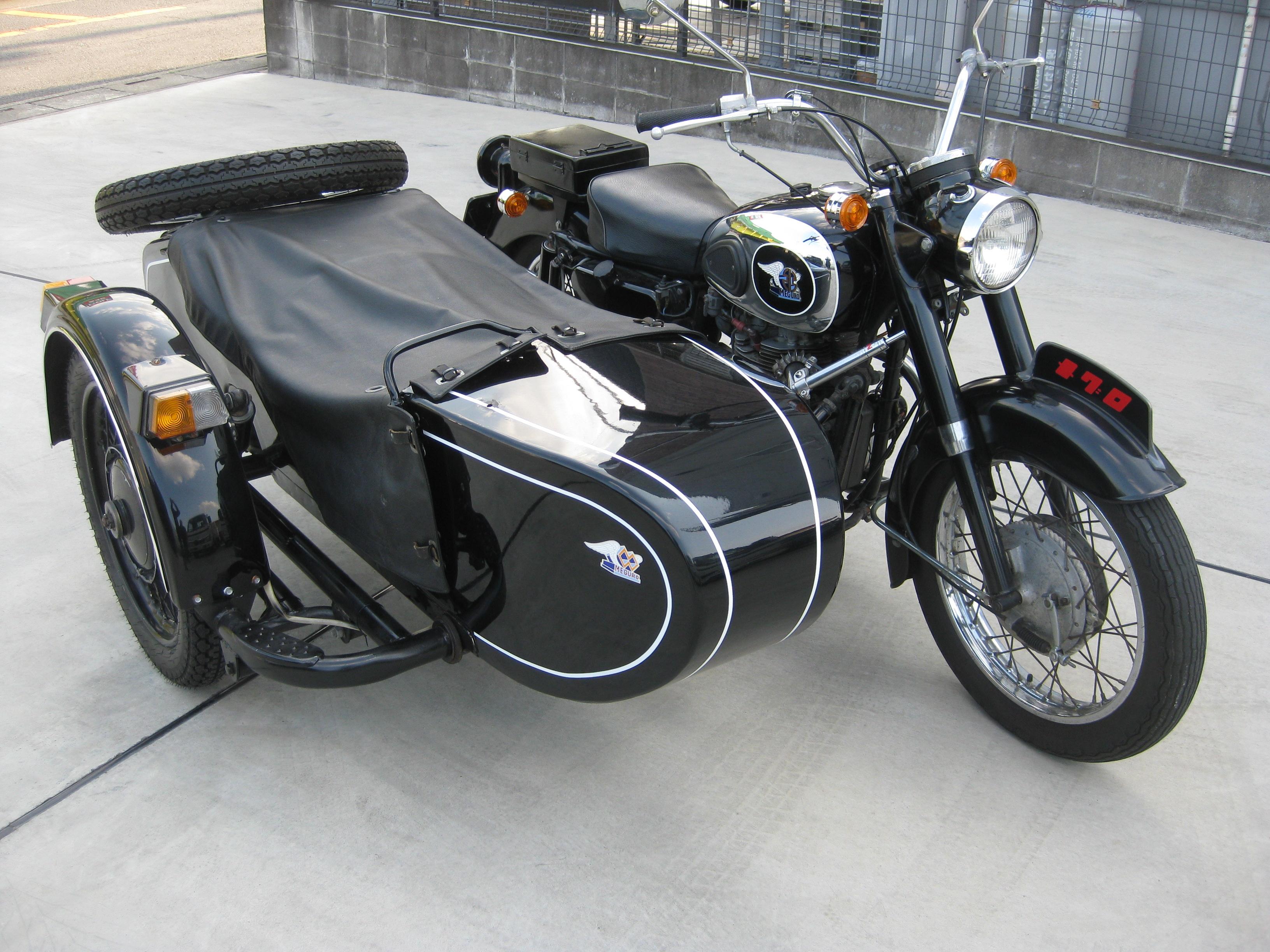 カワサキメグロK2+ウラルサイドカー